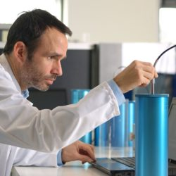 Laboratory measurements with thermal needle model TP02 and CRC Calibration Reference Cylinders
